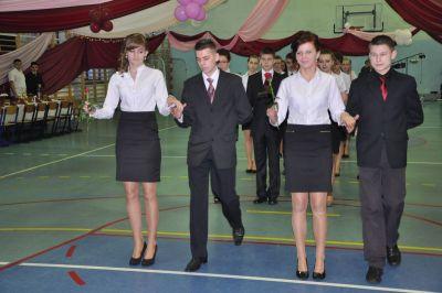 Czytaj więcej: Poloneza czas zacząć - bal gimnazjalny